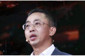 Hou Jinlong, President of Huawei's Cloud & AI Business Group