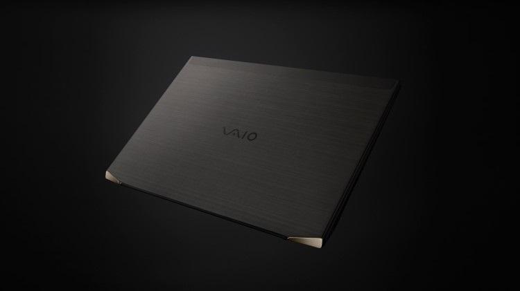 VAIO announces the mass production of a 3-D molded, carbon fiber laptop VAIO Z