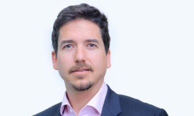 Robert Mullins, President of Raxio Group