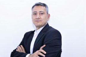 Bob Aoun,Regional Sales Director atPoly